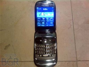 Blackberry 9670 Oxford Clamshell